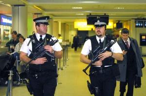 ARMED POLICE EDINBURGH
