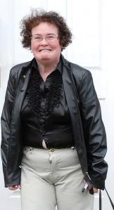 SUSAN BOYLE: wardobe malfunction